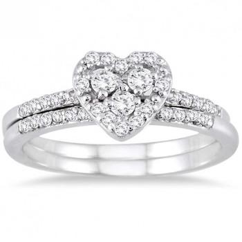 Signity Sterling Silver Roshani Ring