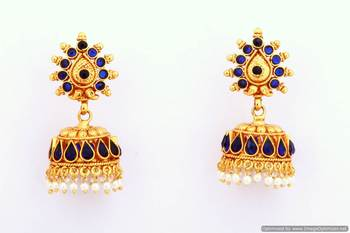 Fashionable Earring Collection 6