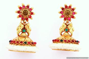 Fashionable Earring Collection 13