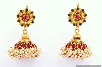 Fashionable Earring Collection 17