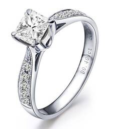Signity Sterling Silver Aarvi Ring