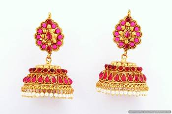 Fashionable Earring Collection 37