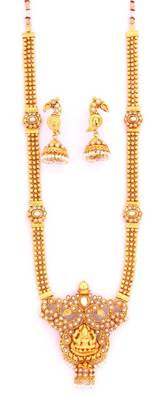 Fashionable Necklace Collection 16