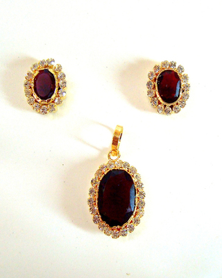 Pendat Earrings Set