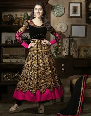 Sharaddha Kapoor Black anarkali semi stitched suit