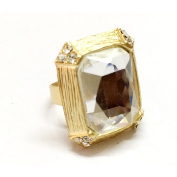 Craftstages Fashion Golden white Square ring