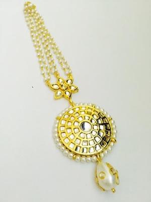 Golden Kundan Work Pearl Maang Tikka