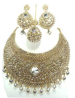 Clear white cz bib style bridal necklace set atm01