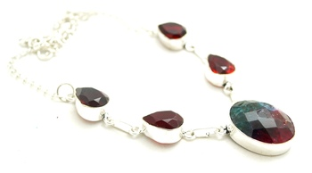 Sizzling Silver plated crystal necklace
