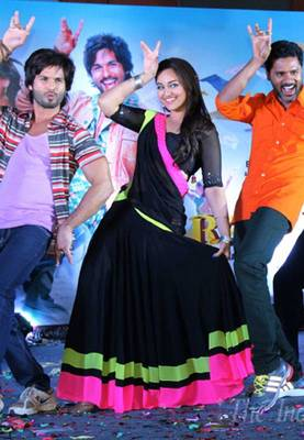 Sonakshi Sinha Black Bollywood Replica Lehenga Saree