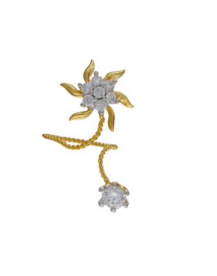 Affinity Jewellers Stylish Floral Shaped Small American Diamond Nail Ring Gold Plated