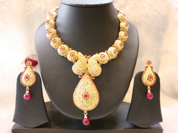 Design no. 10b.3471....Rs. 3550