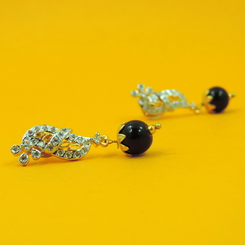 Simple Jaipuri Black AD Earrings