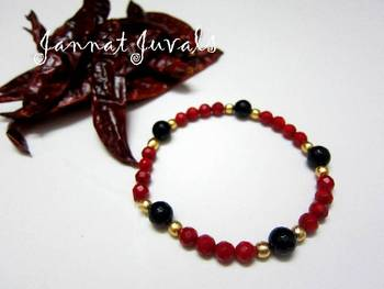 Red coral chilly bracelet