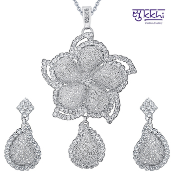 Sukkhi Rhodium Plated AD Pendant Set