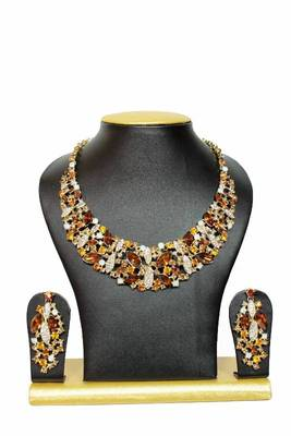 Groovy Zircon Jewelry Set in Gold Shades