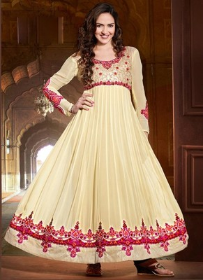 ESHA DEOL STYLE CREAM DESIGNER LONG ANARKALI SUIT