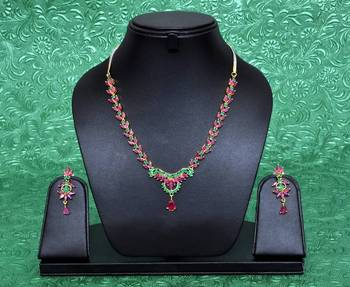 Beautiful Manik Panna Necklace