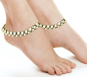 Antique Traditional Kundan Pearl Gold Plated  Payal Anklet Pair 22Cm For Women