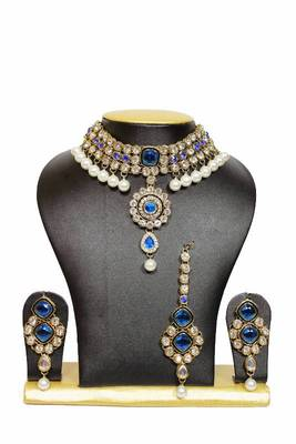 New Close Neck Kundan Jewelry Set in Blue with Pearls