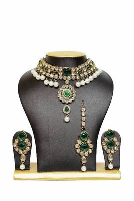 New Close Neck Kundan Jewelry Set in Green with Pearls