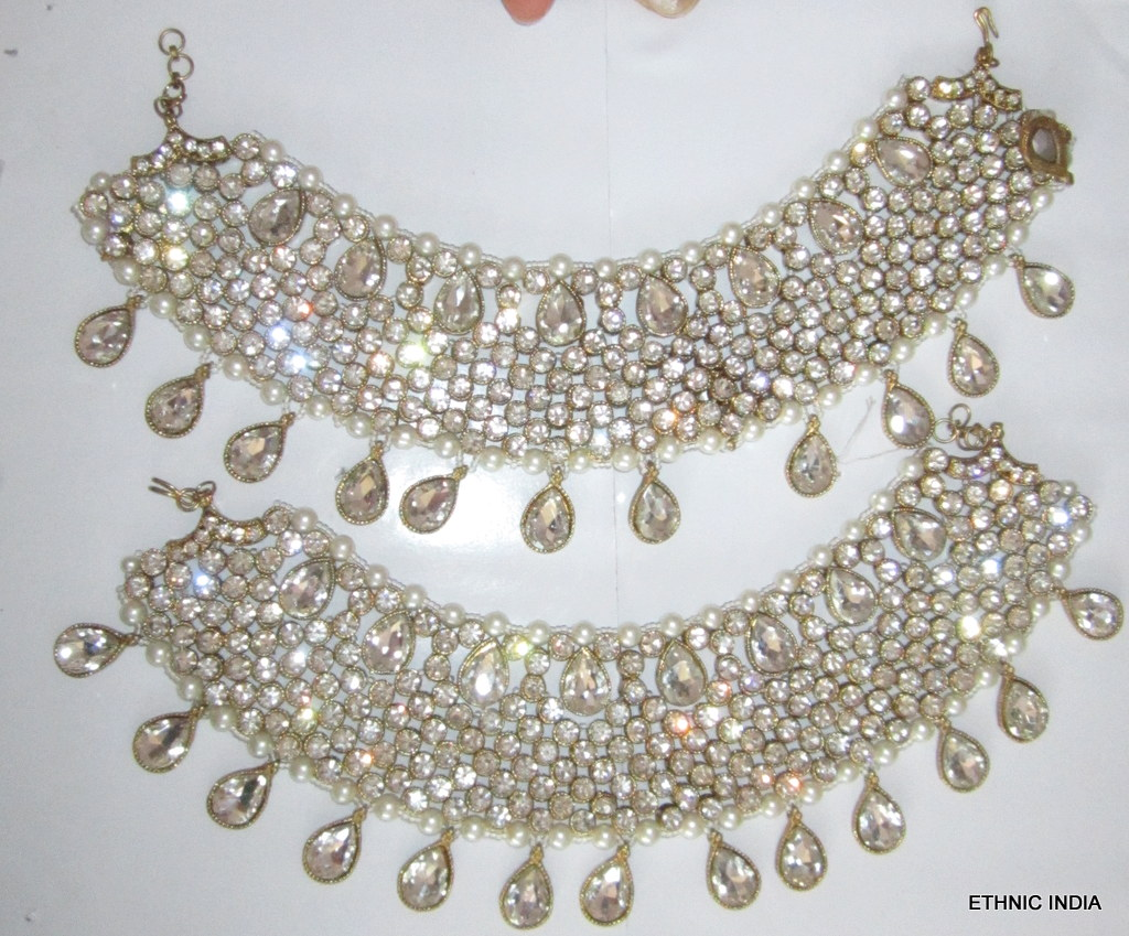 Buy Exclusive Gold Crystal pearl broad anklet pair PAYAL Online