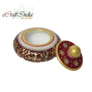 eCraftIndia Round Sindoor Holder (Red)