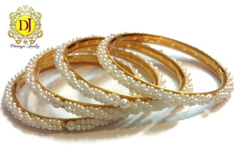 Light weight pearl bangles  4