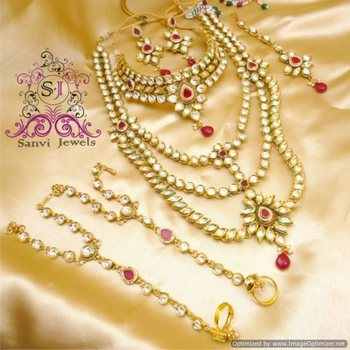 Beautiful Kundan Bridal necklace Set