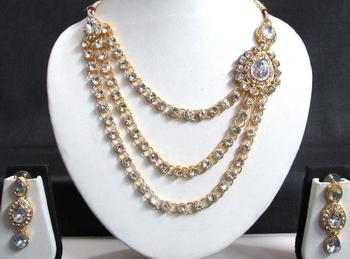 One Side Big Brooch Lovely Wedding Necklace Set