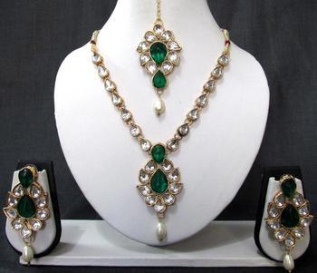 White Drop Green Stone Necklace Set