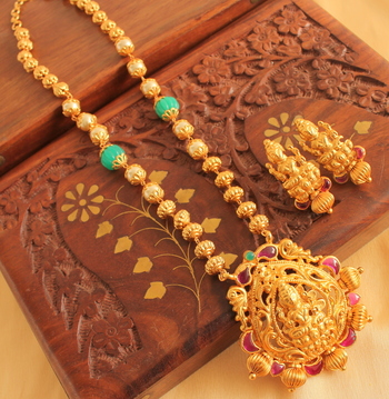 Beautiful Lakshmi Necklace Set