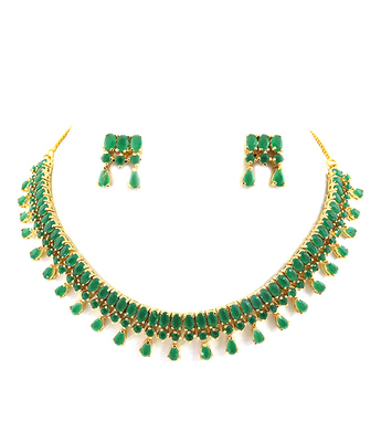 Beautiful Emerald Necklace Set