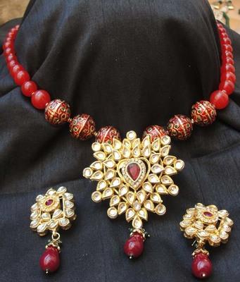 Heart Shaped Pendent with semiprecious Jade mala having meenakari Beads