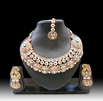 Design no. 10b.3557A....Rs. 4850