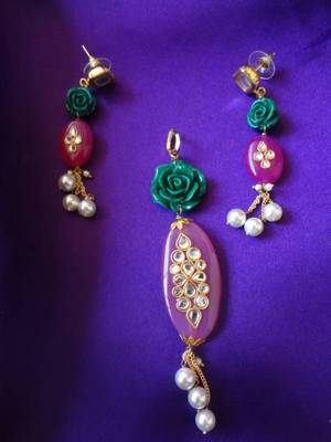Candy Pink Pendant with Earrings set