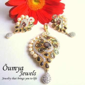 Kundan zircon pearl pendant set with Earrings