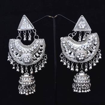 U Shaped Silver Colored Fashion Danglers