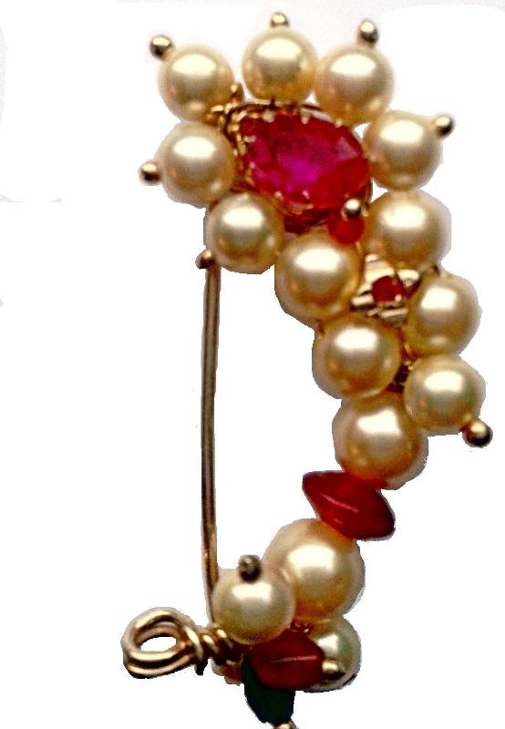 Nath Medium Clip Type Maharashtrian Traditional Nose Ring Of Pearl