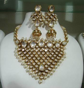 Royal Designer Ethnic Collection No. 044
