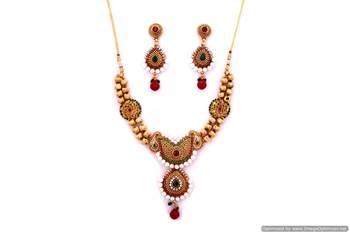 Summe Necklace Collection 68