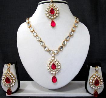 Nice dark pink kundan necklace set