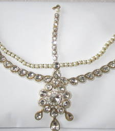 Buy Crystal pearl DAMINI MATHAPATTI matha patti  Gold tikka tika hair accessory hair-accessory online