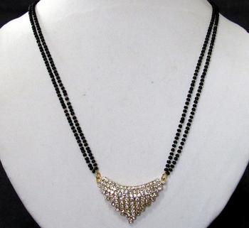 Nice stone pendant mangalsutra necklace