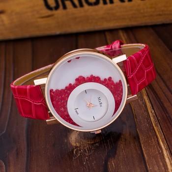 New Fashion red color stylist r women's wear Leather strap Quartz Wristwatch