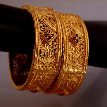 Golden bangles #1060