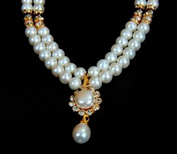 REAL PEARLS DOUBLE STRING ROUND PEARLS SET