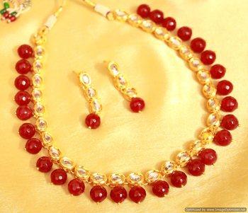 Red Onyx Single Line Kundan Necklace Set