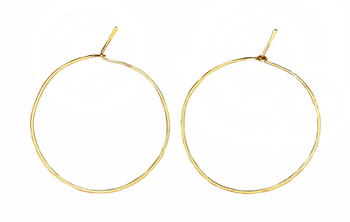 Special golden hoops earrings