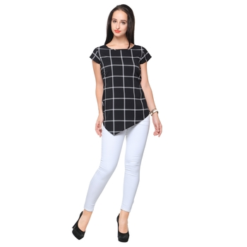 Black crepe printed stitched top